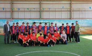 (الرياضة للجميع) شعار المباراة الودية التي جمعت بين كلاً من متوسطة الشرق الأهلية ومتوسطة عبد الرحمن بن عوف