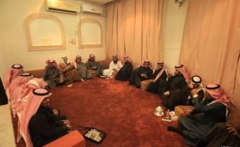 نادي الشركة يقيم حفل عشاء لفريق الجوازات الفائز بدوري الشركة 2012م