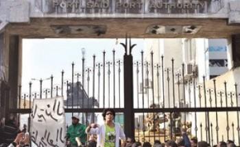 """مصر.. أزمة بين """"الإخوان"""" و""""السلفيين"""" و""""بكار"""" يتوعد """"مرسي"""""""