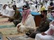 جموع المصلين يؤدون صلاة عيد الفطر المبارك في جوامع ومساجد الخفجي
