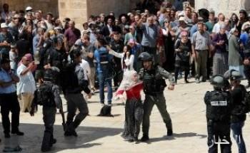 مستوطنون يهاجمون مركبات الفلسطينيين بالحجارة جنوب غرب بيت لحم