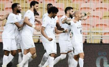الأهلي يتصدر وبقير يرفض فوز الهلال و«السكري» بعشرة لاعبين يهزم النصر والحكم
