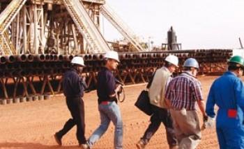 """خبراء: السوق السعودية """"تجذب"""" شركات النفط العالمية"""