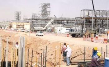 225 مليارا لتطوير إنتاج النفط في السعودية والإمارات