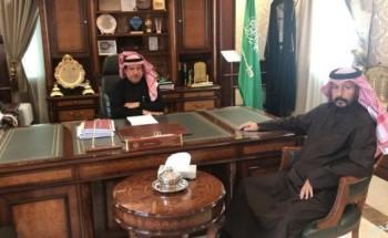 الهزاع يهنيء مدير الهلال الأحمر بالخفجي بمناسبة الترقيه