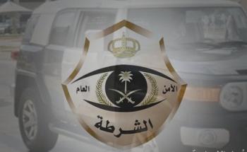 شرطة عسير تلقي القبض على مواطنين ومقيم اعتدوا على مواطن وتصويره ونشره