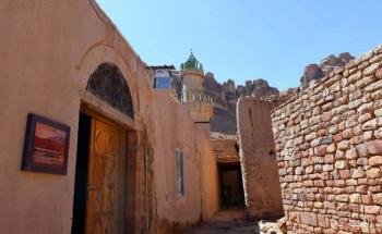 وزير الثقافة: ولي العهد وجه بضم مسجد العظام إلى «ترميم التاريخية»