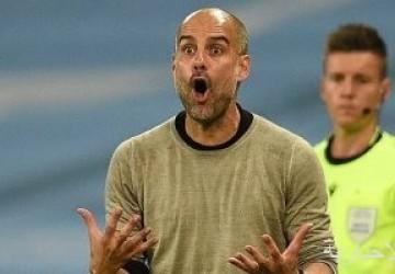 مان سيتى يحتفى بجوارديولا بعد التأهل لربع نهائى الأبطال: نستمد منه روح البطولة