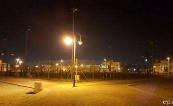 تفحيط وتجمهر وتلفيات في ساحة حي الملك فهد تثير إزعاج الأهالي