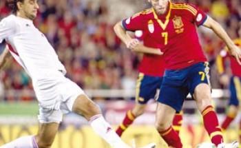 """إسبانيا على بعد نقطة من """"المونديال"""" وإنجلترا تقرر مصيرها بـ""""يدها"""""""