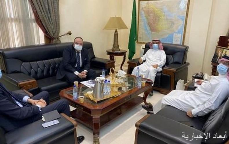 سفير المملكة لدى السودان يلتقي نظيره المصري
