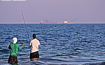 عدسة أبعاد الخفجي , هواية الصيد في الكورنيش , تصوير – ناصر الزعبي