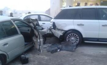 حادث مروري يلحق الضرر بأربعة سيارات بالخفجي