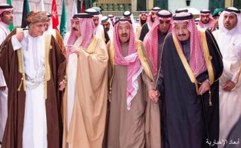 الملك سلمان يقيم مأدبة غداء تكريمًا لقادة ورؤساء وفود دول مجلس التعاون