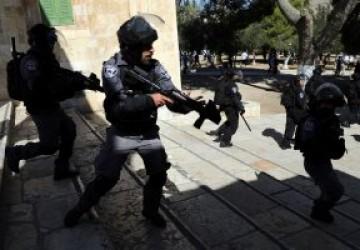 قوات الاحتلال الإسرائيلى تهدم منزلا بجبل المكبر فى القدس المحتلة