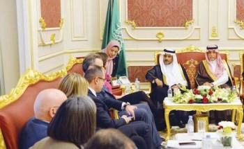 د. الصمعان يستقبل رئيسة وفد العلاقات في البرلمان الأوروبي