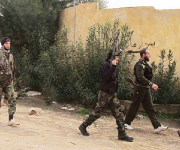 """الثوار يكبدون """"استخبارات الأسد"""" 19 قتيلا و20 جريحا"""