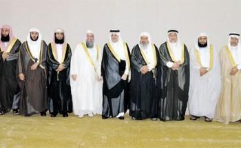 الأمير سعود بن نايف للأئمة: ركزوا على ما ينفع الناس في معاشهم