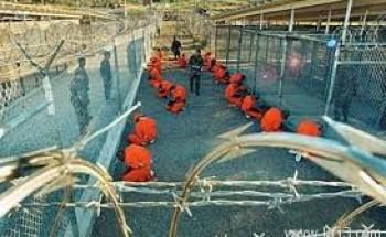 محام: أجهزة إنذار الحرائق تُستخدَم للتنصت على سجناء جوانتانامو