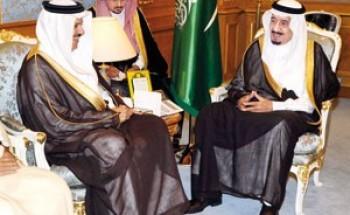 ولي العهد يستقبل أمين مجلس التعاون وعمداء المجموعات الدبلوماسية