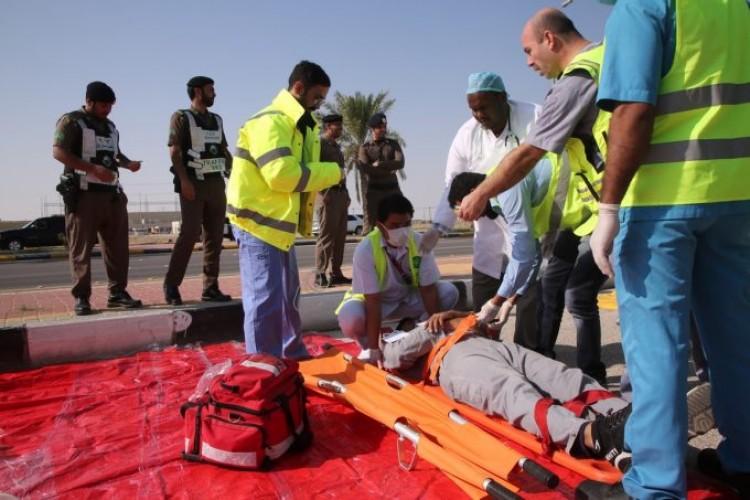 مستشفى الخفجي الأهلي يقود تنفيذ فرضية إسعاف 27 حالة للمستشفيات المساندة