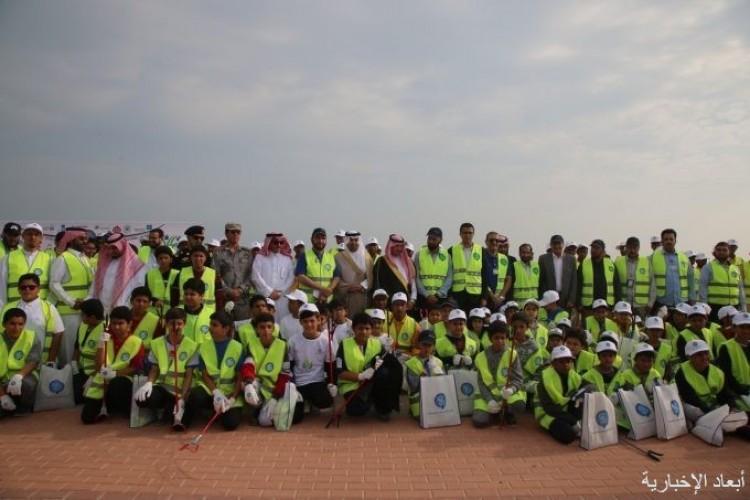 طلاب المدارس يشاركون عمليات الخفجي المشتركة تنفيذ فعالية نظافة البحار «ريكسو»