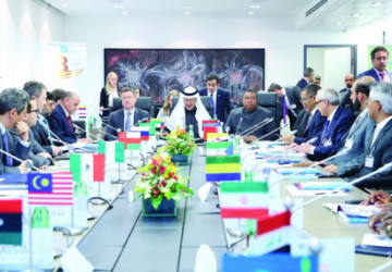 وزير الطاقة يؤكد على امتثال الدول المنتجة لخفض الإنتاج لاستقرار سوق النفط