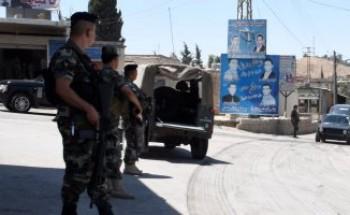 رئيس البرلمان اللبنانى يدعو الجيش للتشدد فى إبقاء الطرق مفتوحة