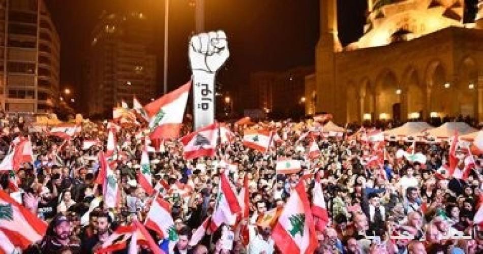 لبنان: مسيرات احتجاجية حاشدة فى مناطق متعددة وعلى طريق القصر الجمهورى