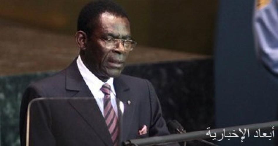 رئيس غينيا يعد بتحقيق العدالة لضحايا سلسلة انفجارات أودت بحياة 105 أشخاص