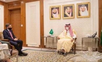 سمو وزير الخارجية يستقبل مستشار وزارة الخارجية الأمريكية