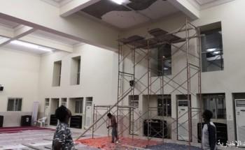 إدارة المساجد بالخفجي تبدأ بصيانة سقف جامع سعد بن أبي وقاص