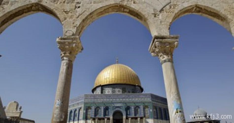 تحذير من مخطط إسرائيلى لبناء كنيس يهودى غرب حائط البراق بالقدس