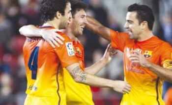 """تشافي: هدف """"صحافة مدريد"""" تشويه صورة ميسي"""