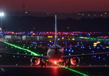 اصطدام طائرتين في مطار فرانكفورت
