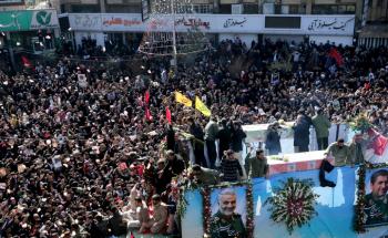 50 قتيلاً وأكثر من 200 جريح إثر تدافع خلال جنازة سليماني