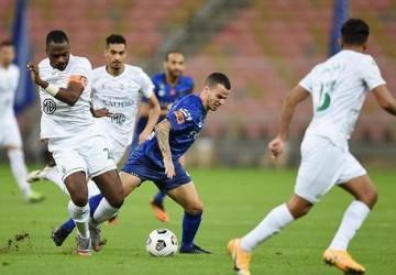 الأهلي يتعادل مع ضيفه الهلال في الجولة 13 من دوري كأس الأمير محمد بن سلمان للمحترفين