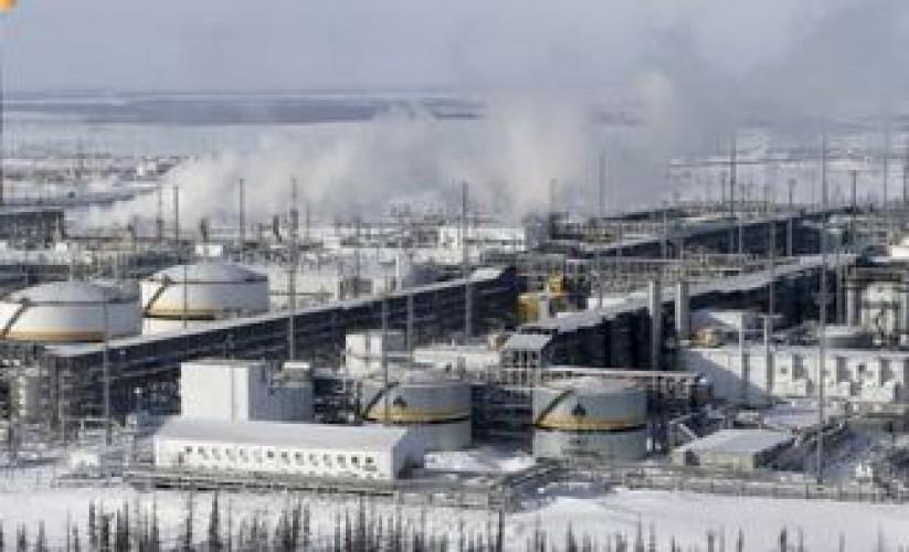 """""""أرامكو"""" تقترب للظفر بأول استثماراتها الخارجية في روسيا بتكلفة خمسة مليارات دولار"""