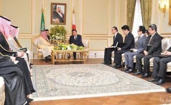 رئيس الوزراء الياباني يستقبل سمو وزير الخارجية
