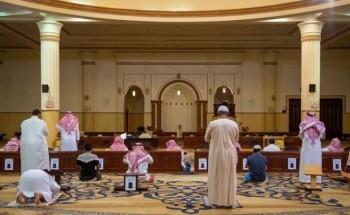 إغلاق 9 مساجد مؤقتاً بست مناطق بعد ثبوت 15 حالات كورونا.. اليوم