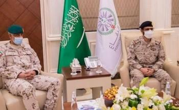نائب رئيس هيئة الأركان العامة قائد القوات المشتركة يلتقي قائد العمليات المشتركة الإماراتية