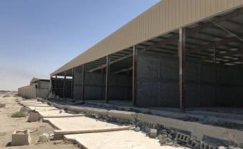 سقوط أجزاء من سور مشروع الكراج.. وبلدية الخفجي توضح الأسباب
