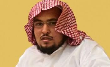 عبدالعزيز عيد يحصل على البكالوريوس في أصول الدين
