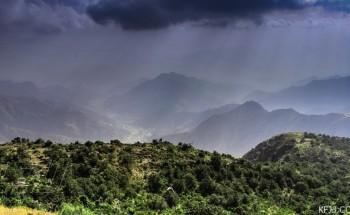 «عدسة أبعاد الخفجي» – منظر طبيعي لجبال أبها – تصوير: شاير الشمري