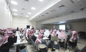 """ورشة عمل لـ""""105″ مراقب في الخفجي استعداداً ليوم الاقتراع"""