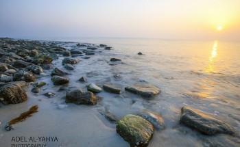 عدسة أبعاد الخفجي – صباح مشرق على شاطئ الخفجي , تصوير – عادل اليحياء