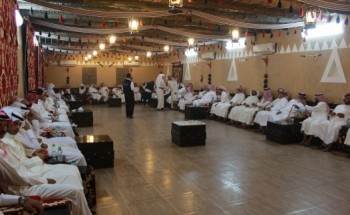 عبدالله القحطاني يقيم مأدبة عشاء تكريماً لـ(صهره) ناصرالمري