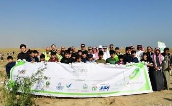 محافظ الخفجي يدشن حملة «نريدها خضراء» برعاية مدارس ومعاهد الشرق الأهلية