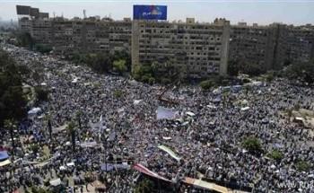 عشرات الآلاف من الإسلاميين يتظاهرون تأييدا لمرسي قبل احتجاجات تدعوه للتنحي