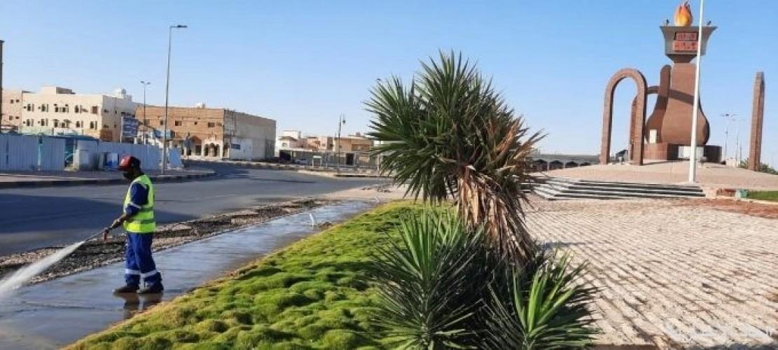 بلدية الخفجي تنفذ حملة نظافة للشوارع والأحياء السكنية